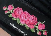 pink and red roses crossstitch pattern